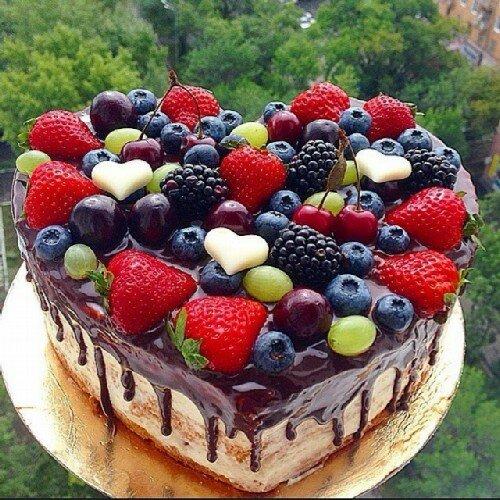 Ореховый торт с черносливом Сердце