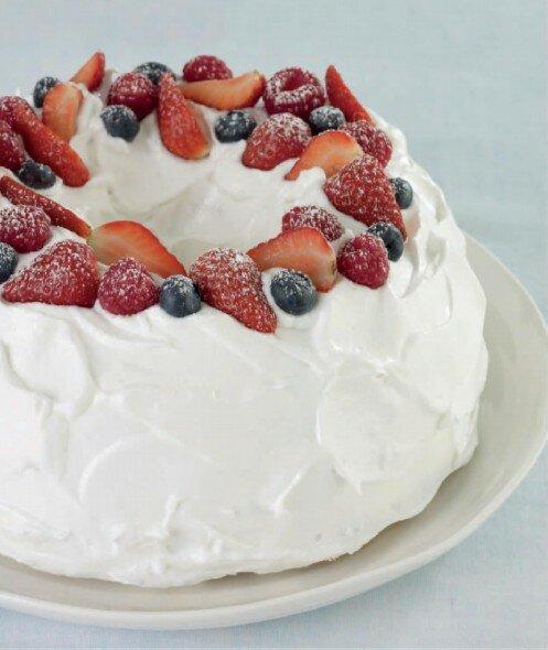 Торт с белковой глазурью